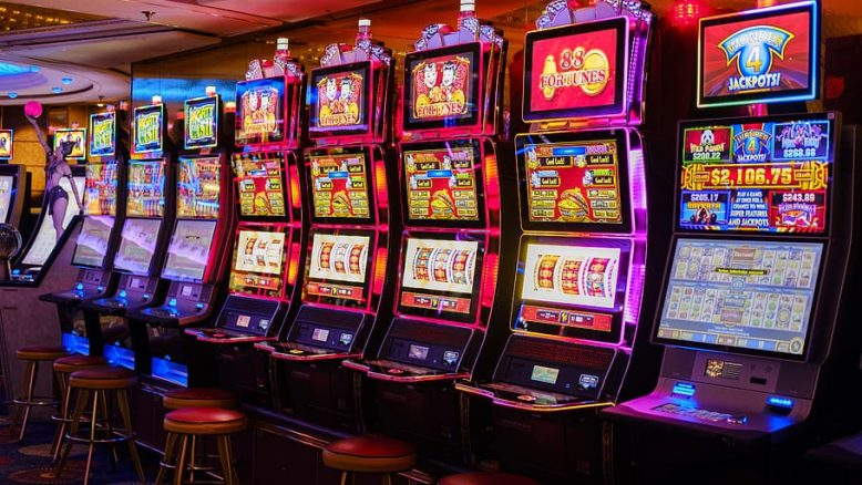 The Historical Past Of Gambling Enlightened By Tweets